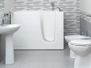 Porta bagno disabili finest nel bagno con porta ad apertura